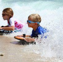 bambini-spiaggia-giochi-300x200
